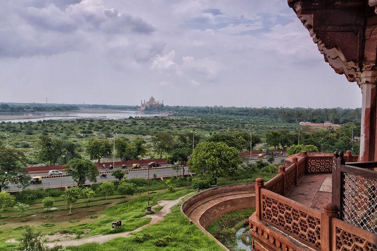 Taj Mahal #horizon #Skyline #temple #mausoleum #India #redfort #tajmahal #yamunariver