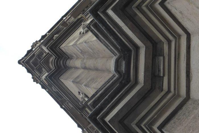 Architecture Batiments Vue En Contre-plongée Jour élément Architecturale Design Façade Extérieure Decore Juste En Dessous Historique Ciel Colonne Architecturale