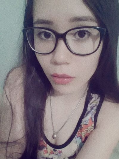 Girls Me Brown Eyes @biamedeirosz