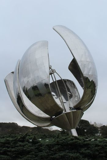 Day Sky Sculpture Outdoors No People Architecture Floralis Floralis Generica Nature City Buenos Aires Street Argentina🇦🇷 Travel Destinations Stories From The City EyeEmNewHere Go Higher Inner Power Summer Exploratorium Visual Creativity