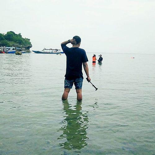 Mentolo tak kampleng seng pacaran neng ngarep iku 😡 . . . . Taken with OPPO OppoR7 Oppoindonesia TravelRack Ayodolan Pulaumenjangan Instabeach Beach Holiday