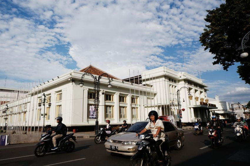 Bandung, 2017. Transportation City Life Architecture Cloud - Sky Streetphotography Street Photography Street Life Bandung Bandung, West Java INDONESIA Sky
