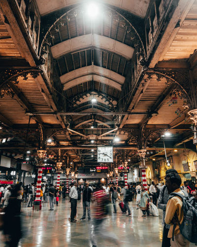 railway station The Mobile Photographer - 2019 EyeEm Awards Crowd Illuminated Men City Walking Full Length Architecture Built Structure Ceiling Passenger Train Subway Train Train - Vehicle Railroad Station Rail Transportation Public Transportation