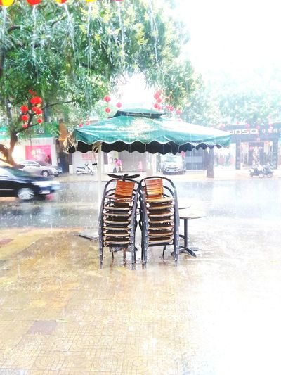 雨季又快到了,又到了各种湿身的日子