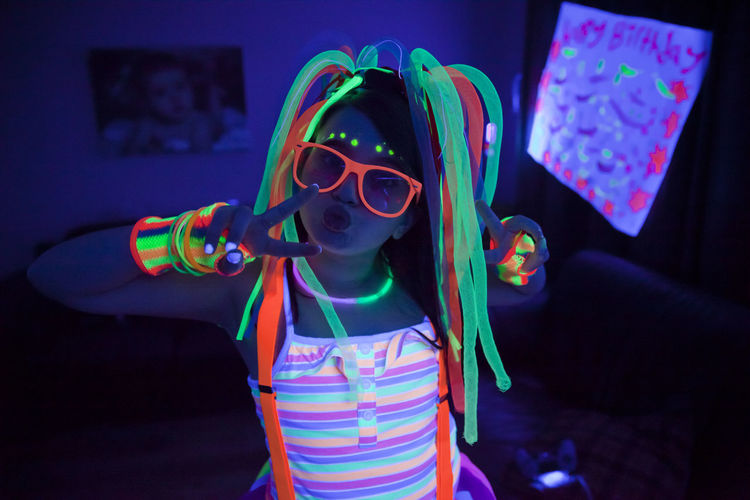Neon birthday party Birthday Birthday Party Black Light Black Light Party Child Childhood Children Glow Glow In The Dark Glow Sticks Glow Sticks!  Glowing Neon Neon Glow Neon Party Party Party Supplies Party Time Portrait
