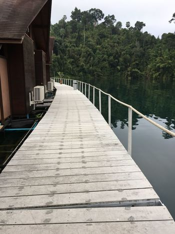 One The Way To My Room House On Water Houses On Water Hotel In Dam Surat Thani Chunsumonpics