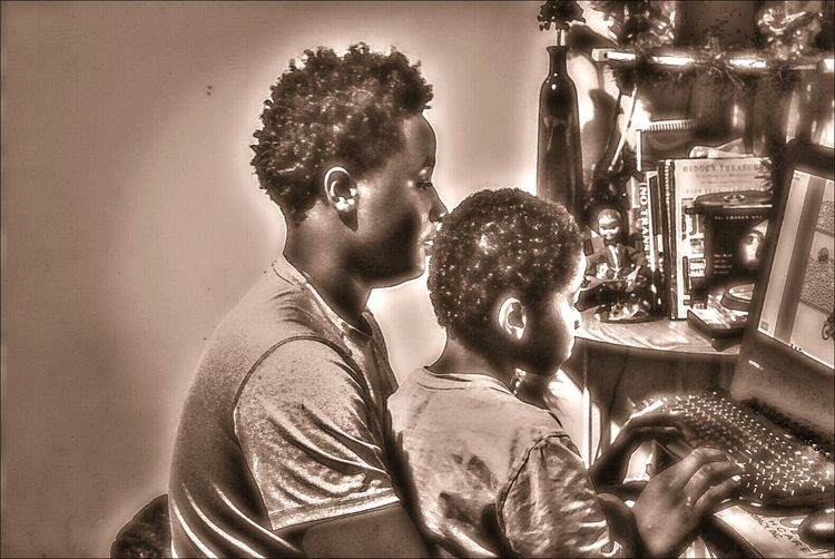 Big Brother Lil Brother Love ♥ Taking Photos Hello World LearningEveryday Urban