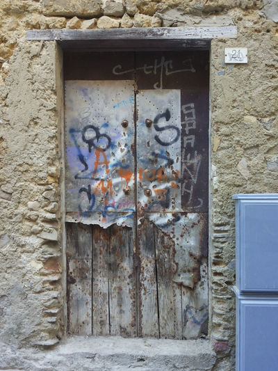 Architecture Built Structure Close-up Day Door Graffiti No People Old Town Outdoors