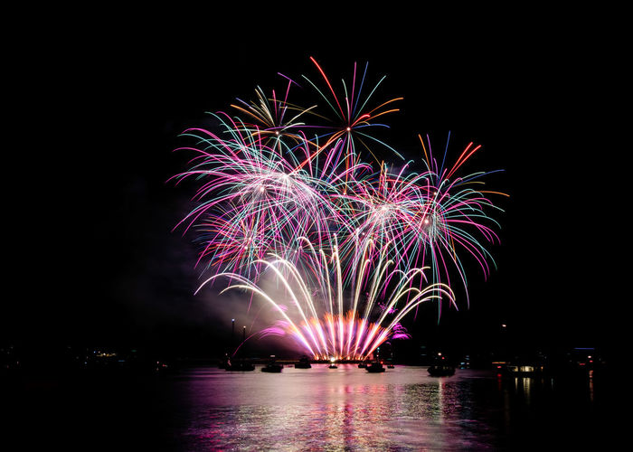 Image from the 2018 British Firework Championships over the harbour at Plymouth British Firework Championship British Firework Championship 2018 Fireworks Fireworks Display Arts Culture And Entertainment Celebration Event Exploding Firework Firework - Man Made Object Firework Display Fireworks In The Sky Fireworks Photography Fireworks! Fireworksphotography Glowing Illuminated Light Long Exposure Motion Multi Colored Nature Night No People Sparks