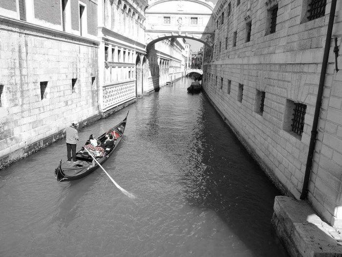 Venise Voyages Aventure Gondole In Venice Gondole Italie Architecture