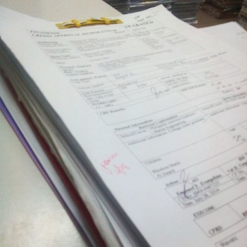 3 loans for this coming wednesday yeheyyy ! 9 loans akong na out for today :D Noworktomorrow Holiday Hags Overtimet *72814