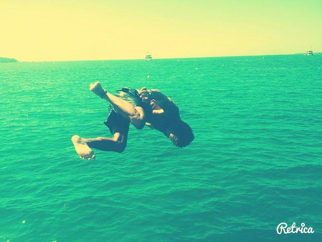 Antibes Friend Summer Vibes