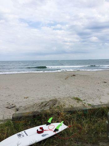 先週末は小波で風向きもイマイチだったけど、ニューボードの初乗り😉✨ かなりのクイックで手ごたえ十分 なボード😉👍👍👍 Beach Sea Water Horizon Over Water Sand Nature Day Outdoors Sky No People Tranquility Scenics Beauty In Nature 波乗り ニューボード 初乗り