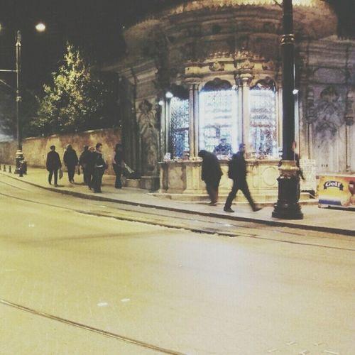 ♪ مﺴﺎﺋﻲَ ﺩﻋﻮﻩ ﺁﺭﻓﻌﻬﺎﺍَ ﻟﺮﺏَ ' ﺁﻟﻔﻠﻖﺑﺄﻥَ ﻳﻜﻔﻴﻨﻲَ ﻭَ ﻳﻜﻔﻴﻜﻢ ﺷﺮَ ﻣﺎﺍَ ﺧﻠﻖَ '♡.ً تصويري  كاميرتي يلا_نتعرف_على_بعض اسطنبول هواية_تصوير