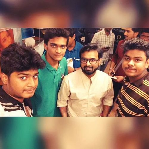 •|| With the person because of whom the hostel evening classes were well spent ||• The_sudeep_nagarkar Amazing_writer Great_novelist Amazing_personality Meeting_him_was_fun :)
