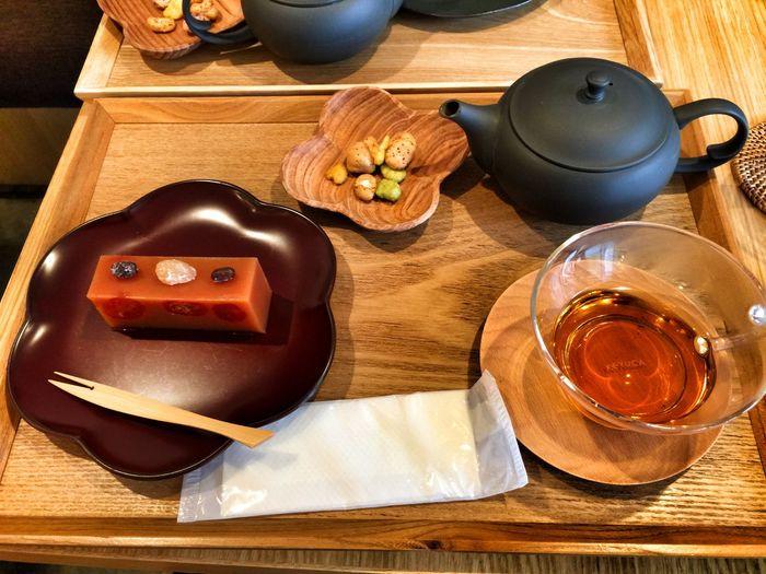 ミニトマト羊羹と紅茶