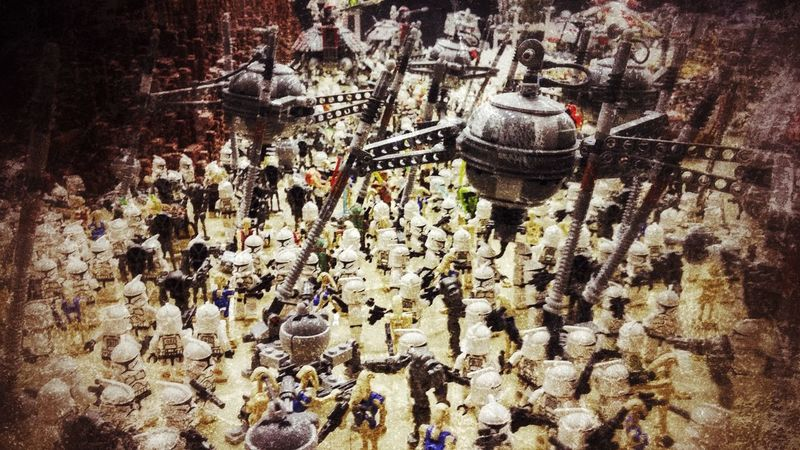 LEGO Madness Battlefield Star Wars Toy Stories Toys Check This Out Exposition Taking Photos Cool Pic Snapseed Editing  LGG3 LG G3 Mobile Photography Hello World Relaxing Moments Many Of A Kind Just For Fun May The Force Be With You Lego Star Wars  Composition Blur Strong Edit