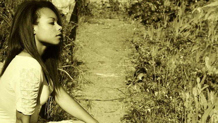 Relaxing Enjoying Life Beautiful ♥ Nature Popular Photos Monochrome Portrait People Jardin Botanique