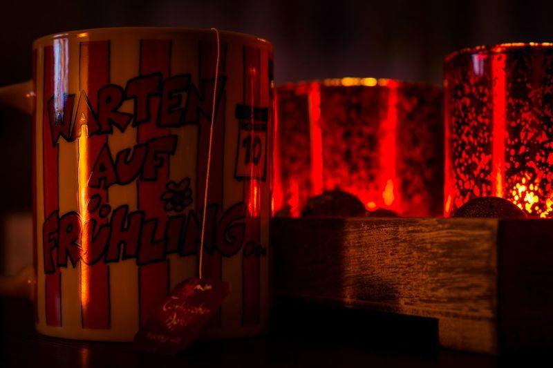Gemütlichkeit Tee Kerzenschein Warten Auf Frühling Text No People Communication Indoors  Close-up Night Illuminated