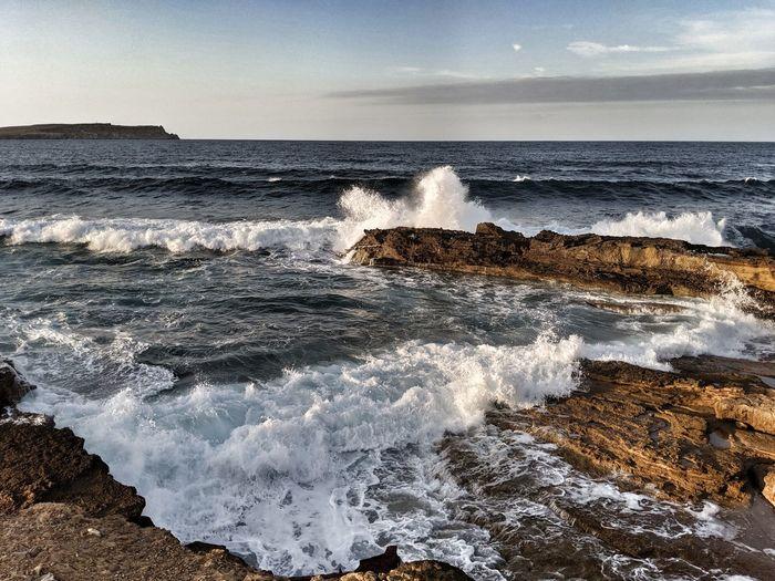 Waves hitting