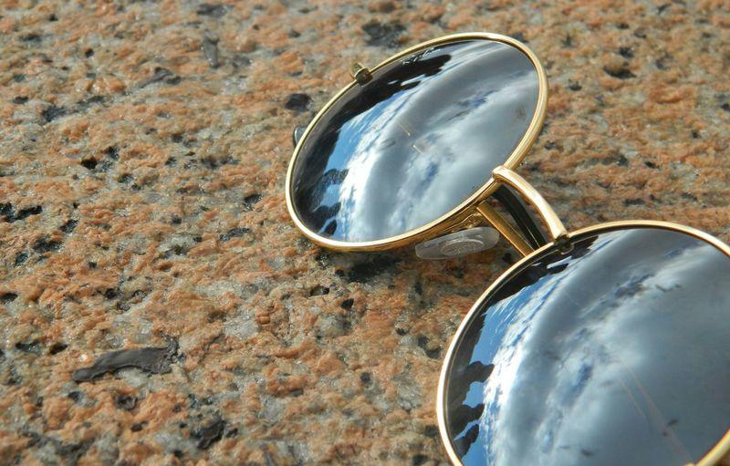 Reflejo. Sunglasses Montevideo Larambla