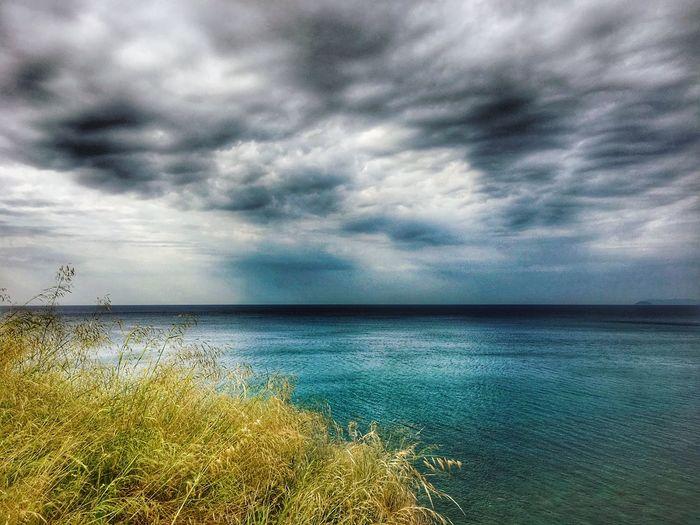 Cloud - Sky Sky Water Beauty In Nature Sea Scenics - Nature Tranquility Horizon Horizon Over Water Nature No People Idyllic Dramatic Sky Beach