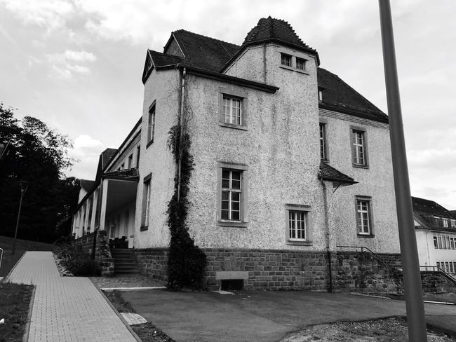 Old house clinic exterior architecture BW Tranquil Scene IPhone 7 Plus No People IPhoneography Iphonephotography Iphn Photography Bw Photography Monochrome Photography Building Exterior Low Angle View