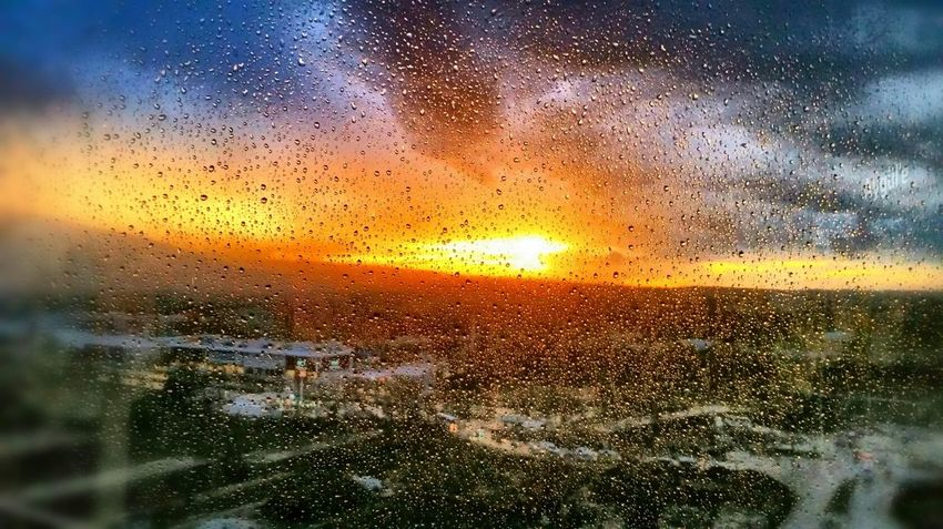 Rain Citysights Negative Space