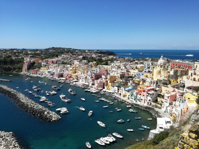 Procida. The special and unknown island. http://www.raconets.com/es/2018/02/procida-2/ Architecture Sea Beach Water City Italy Travel Day Outdoors Island Cityscape Napoli Aerial View Viajes  Rincones Viaje Auténtico Procida High Angle View Building Exterior Raconets Town Clear Sky Colours Beautiful
