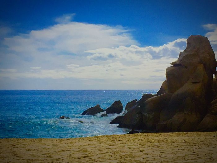Here's to a Happy New Year filled with Adventure Beautiful Day Travel Photography Mexico Loversbeach Exploring Beach Beachlife Beautiful Rocks Water