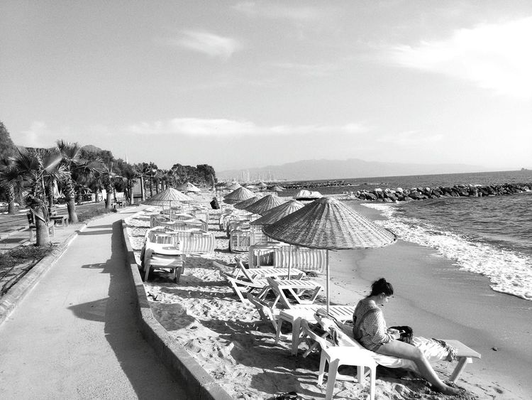 Eyem Türkiye Bodrum Turgutreis Shades Of Grey Summer Views Seaside Samsungphotography S Mini Beachphotography