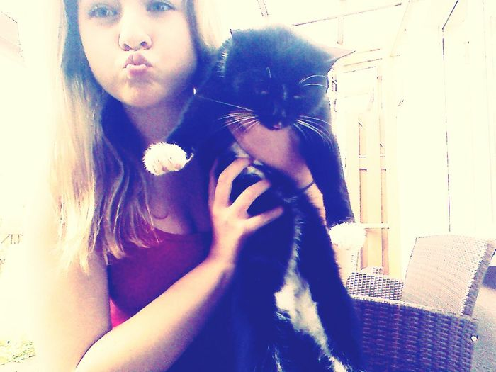 my cat looks like she don't like me. :o Picture Today :) Cat Love
