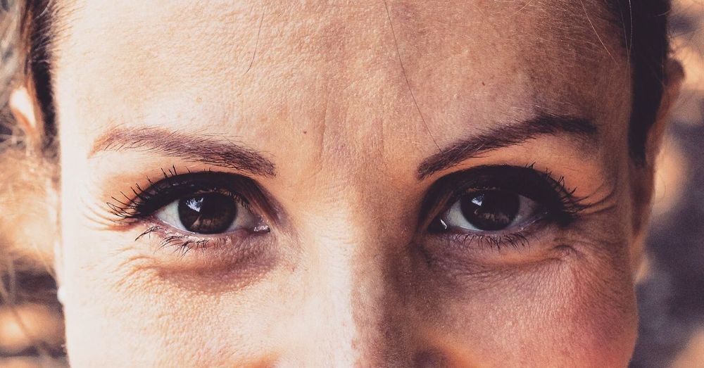 Looking At Camera Portrait Human Eye Close-up Human Face One Person Eyelash Human Body Part Real People Eyebrow Indoors  Young Adult Eyesight Day Eyeball Adult People Eyes Close Up Little Wrinkles Wrinkles The Portraitist - 2017 EyeEm Awards