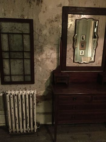 Learn & Shoot: Simplicity Bathroom Antique Furniture Radiator Cast Iron Cast Iron Radiator Distressed Walls Scallop Edged Mirror Vintage