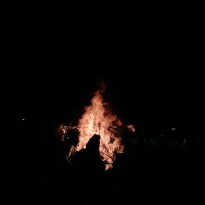 Gestern Hexenverbrennung