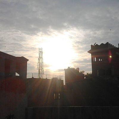 Sunset Sunset Cashfollowparty Cashfollowtrain2 Cashfollowtrain Summerfollowparty Uglyfollowtrain
