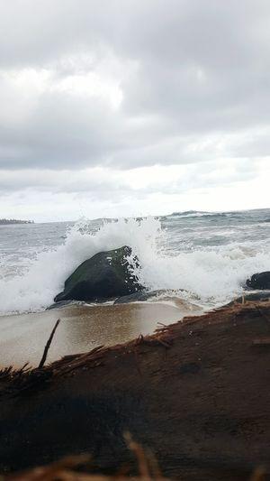 Water Sea Nature No People Wave Close-up Kauai Life Cloud - Sky Beach Life Beach Photogrqphy Lydgate Beach Driftwood Power In Nature