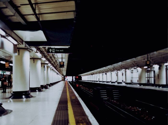 London • London Leading Lines Train Station Urban Urban Geometry First Eyeem Photo