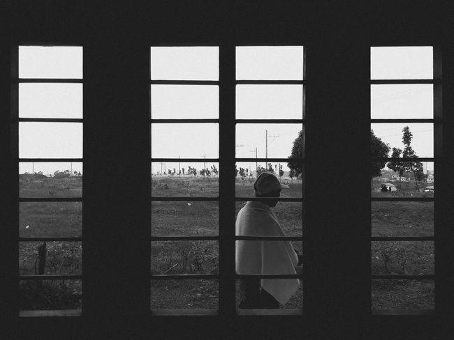 Gotcha Blackandwhite Black And White Photography Landscape_photography Blackandwhite Photography Framing The View Landscape Framing EyeEm Best Shots EyeEm Gallery Eye4photography  EyeEmBestPics EyeEm Selects Nature Black Black & White EyeEm Best Edits Day Daylight Morning Indoors  Window Real People Men Day Architecture Adult People Only Men Adults Only An Eye For Travel The Graphic City
