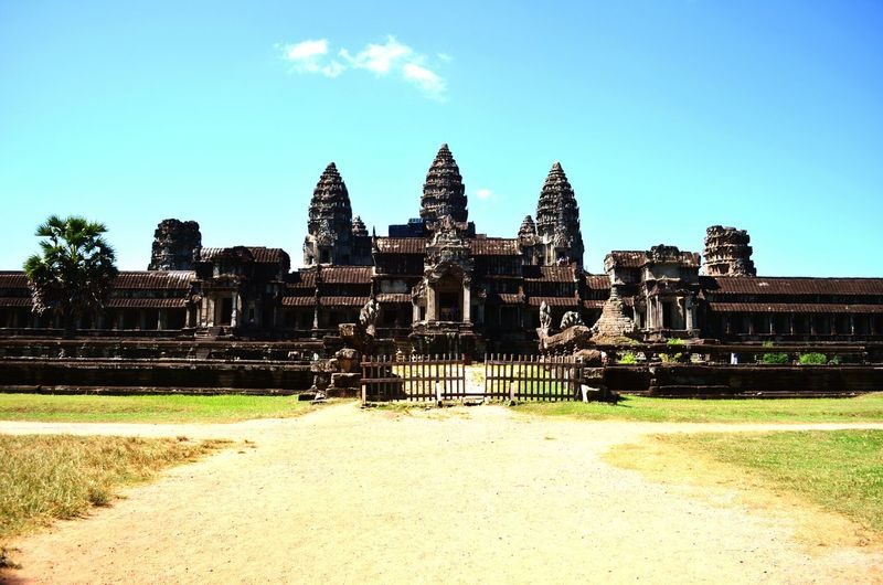 Angkor wat Angkor Wat Cambodia Bright Sunshine Backpacking Exploring