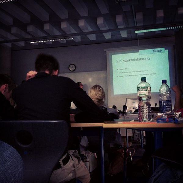 und schon wieder #präsentation in der #schule... #mmbbs Schule Mmbbs Präsentation