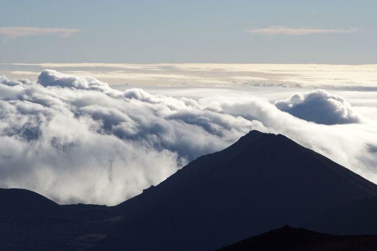 Backgrounds Beauty In Nature Cloud - Sky Day Haleakala, Hawaii High Up Landscape Maui Mountain Mountain Peak Nature No People Outdoors Scenics Sky Snow Travel Destinations