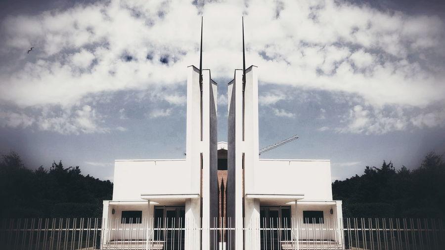 Church Imperfection Is Beauty Lightbearer The Architect - 2017 EyeEm Awards