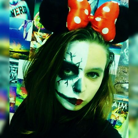 Halloween Minnie Mouse Maquillage Horror Double Face Crazy Face It's Me Live, Love, Laugh Crazy Me Joke Peace Photography Pictureoftheday Crazy Girl