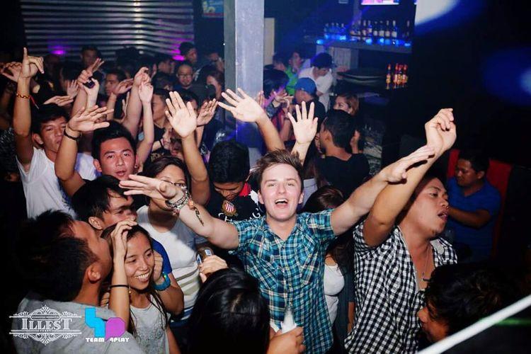party allnight! 4Play @illest