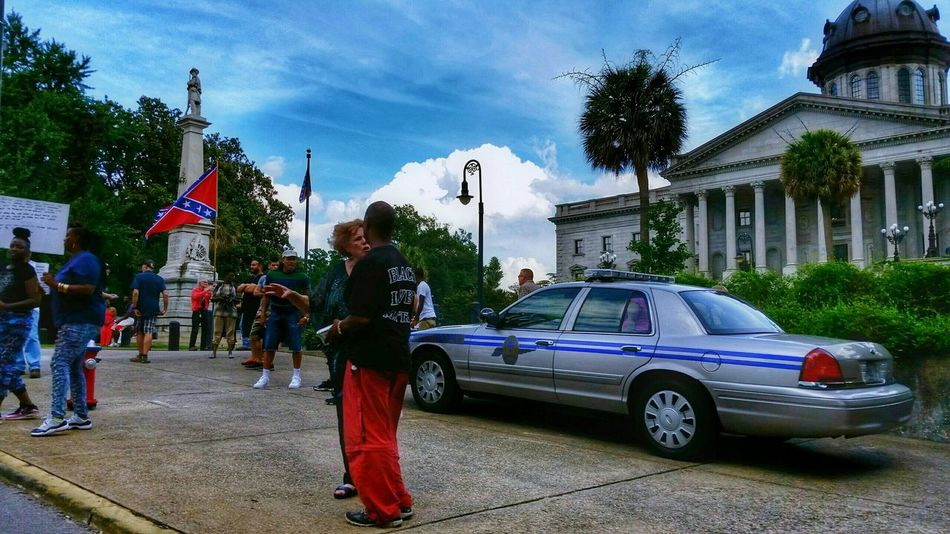 More of the Same? Confederateflag Takeitdown South Carolina Protest People Rally Sky Landscape HDR The Photojournalist - 2015 EyeEm Awards The Changing City The Photojournalist - 2016 EyeEm Awards