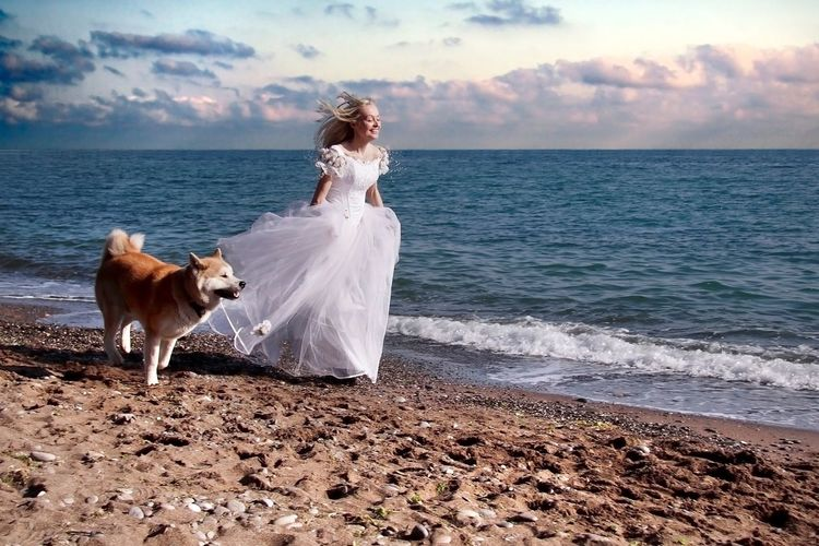 runaway Bride Girl Popular Photos Clauds And Sky Nature Photography Hello World