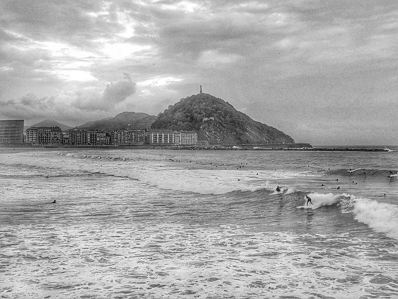Monochrome Photography Donostia / San Sebastián Zurriola Beach Surfingphotography Nature Water Deslizandose Por La Vida.