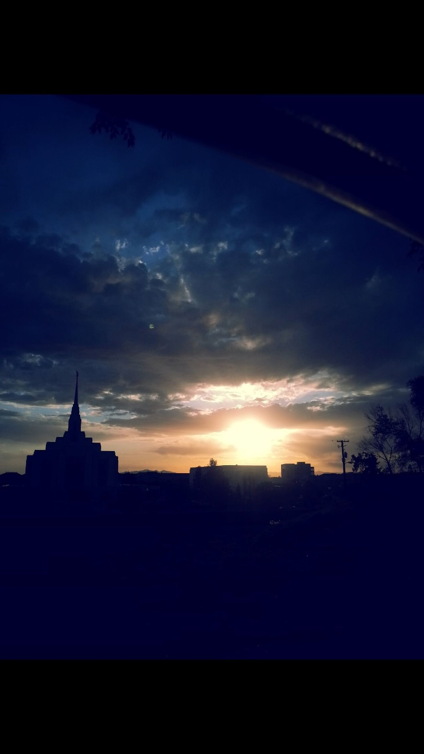 sunset, silhouette, architecture, sky, no people, building exterior, sun, built structure, outdoors, nature, beauty in nature, day