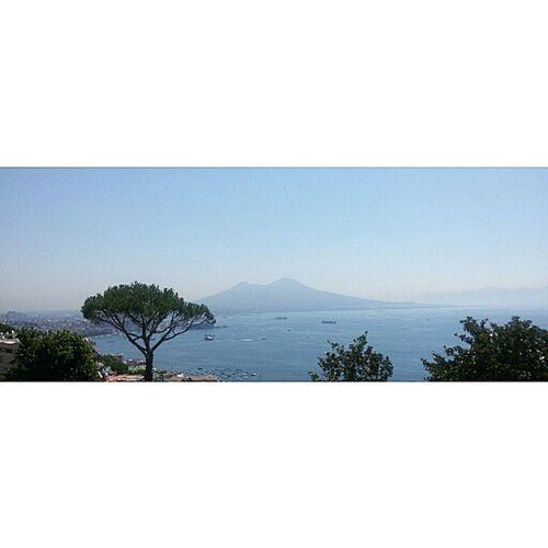 Una Cartolina 😍 Naples Napoli Photonapoli Napolidavivere Inviaggioperlitalia Labellaitalia Summer Panorama Pic Photooftheday Photo Color Sea Beautiful